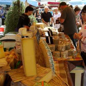 Weinheimer Herbst mit Provence Markt (Quelle: Stadt Weinheim)